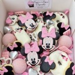 Minnie Mouse Dessert Grazing Box